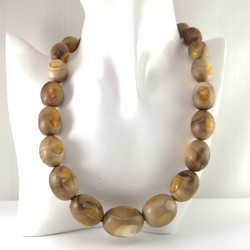 M0650 WOODEN AMBER NECKLACE