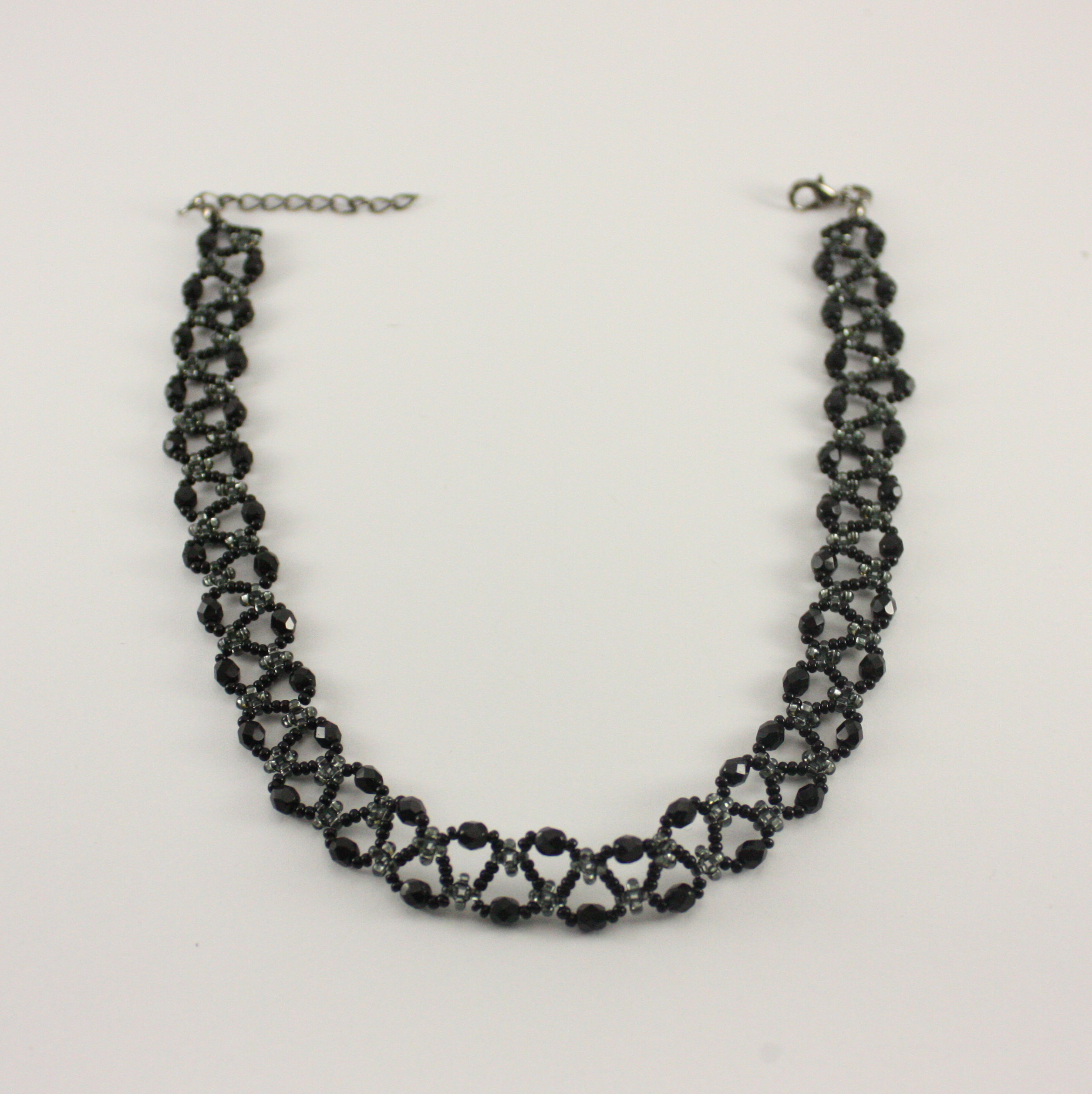 K17030 NECKLACE TO THE NECK
