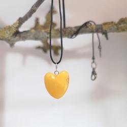 M0697-0698 HEARTS AMBER