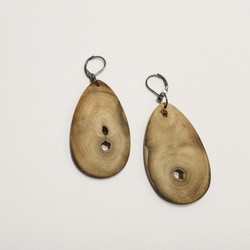 M0705  WOODEN EARINNGS