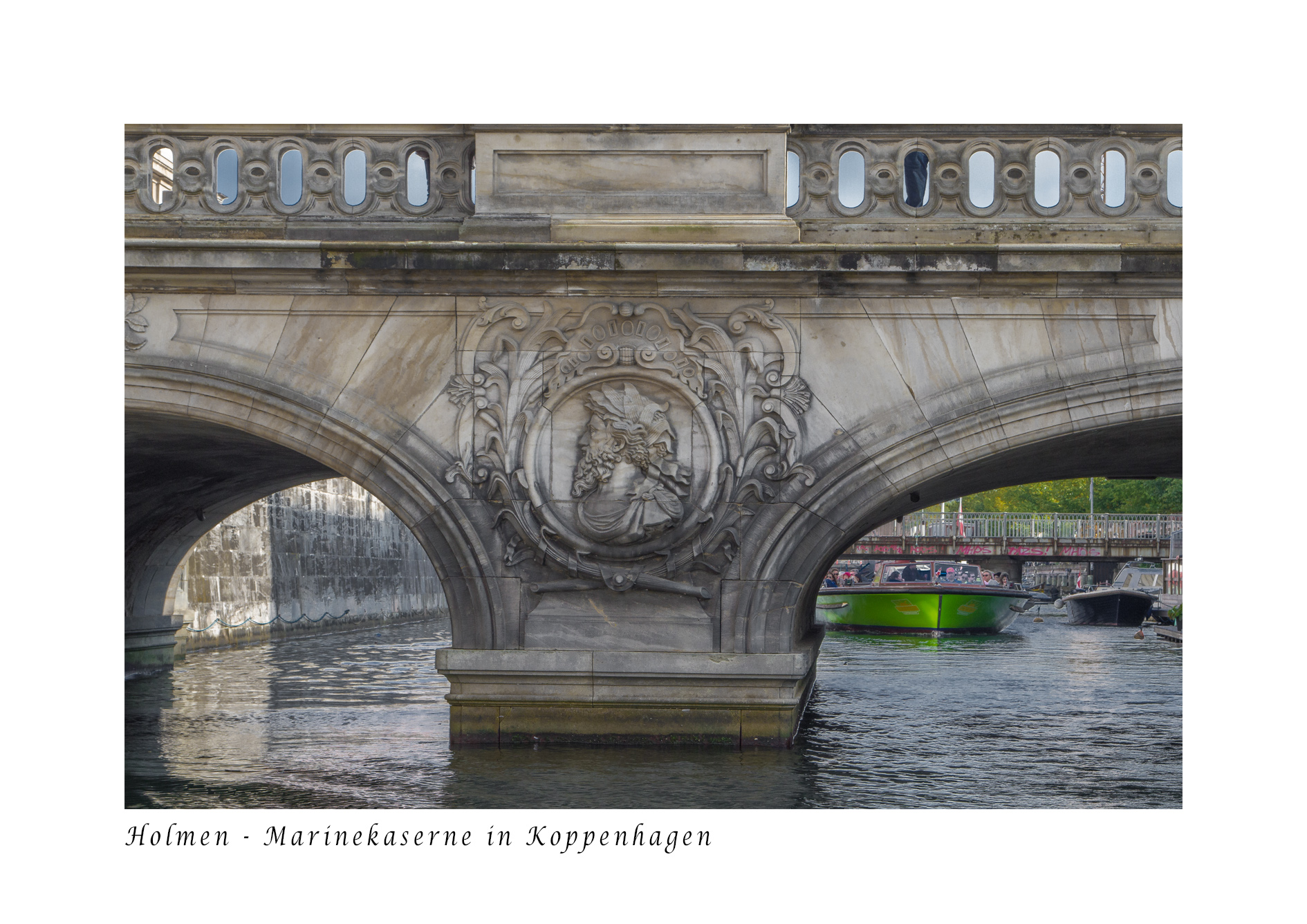 Niedrige_Brücken_Kanaltour_
