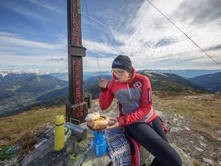 ...heiße Erdäpfelsuppe am Gipfel des Bremstein