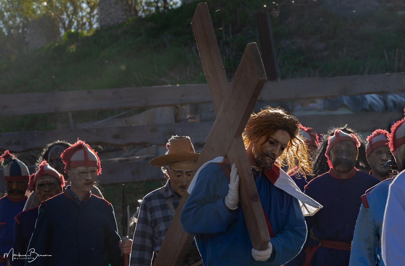 Jesus_Kreuztragen_2A8A7734.jpg