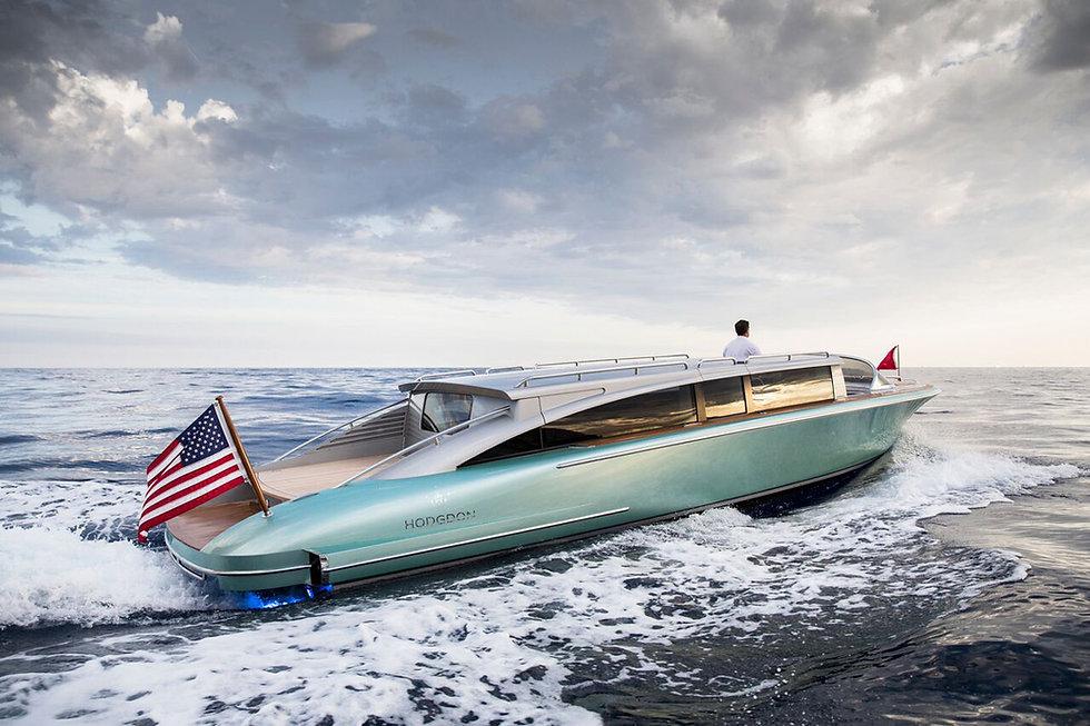 Luxury Yacht Marketing Agency Los Angeles. The Luxury District Club.