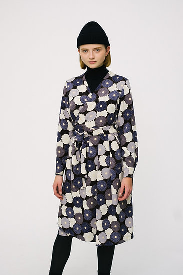 UMI WRAP DRESS (black blue flower)