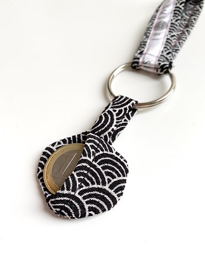 KEY CHAIN with COIN BAG