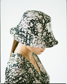 BUCKET HAT black sakura