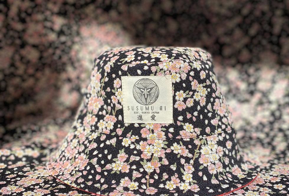 TAIYŌ REVERSIBLE BUCKET HAT