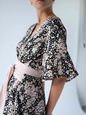 Wrap Dress black sakura