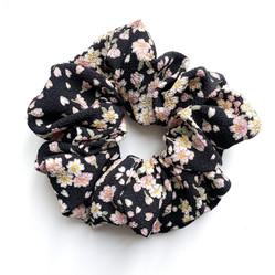 Scrunchie black sakura