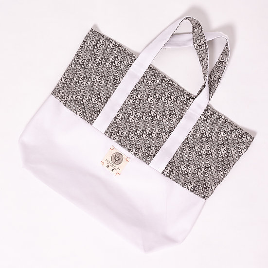 AIKO CHIRIMEN CANVAS TOTE BAG