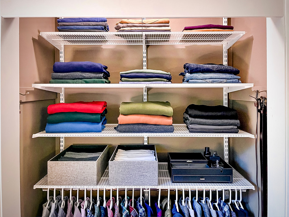 adjustable elfa shelves for piles of clothes