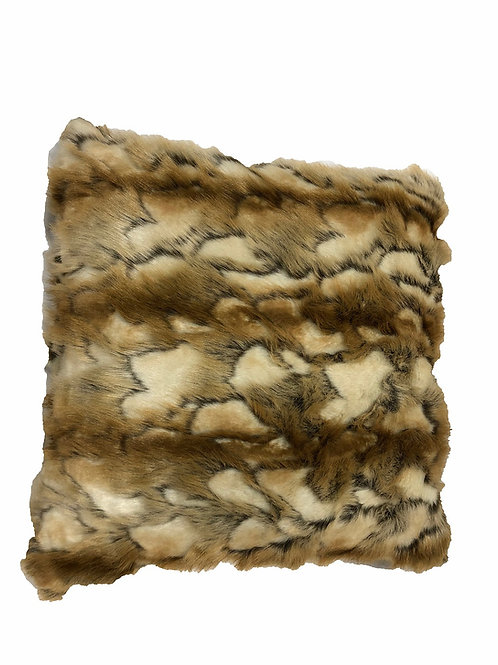 "Brandy Fox Fur Pillow [QTY 4, 22"" x 22""]"