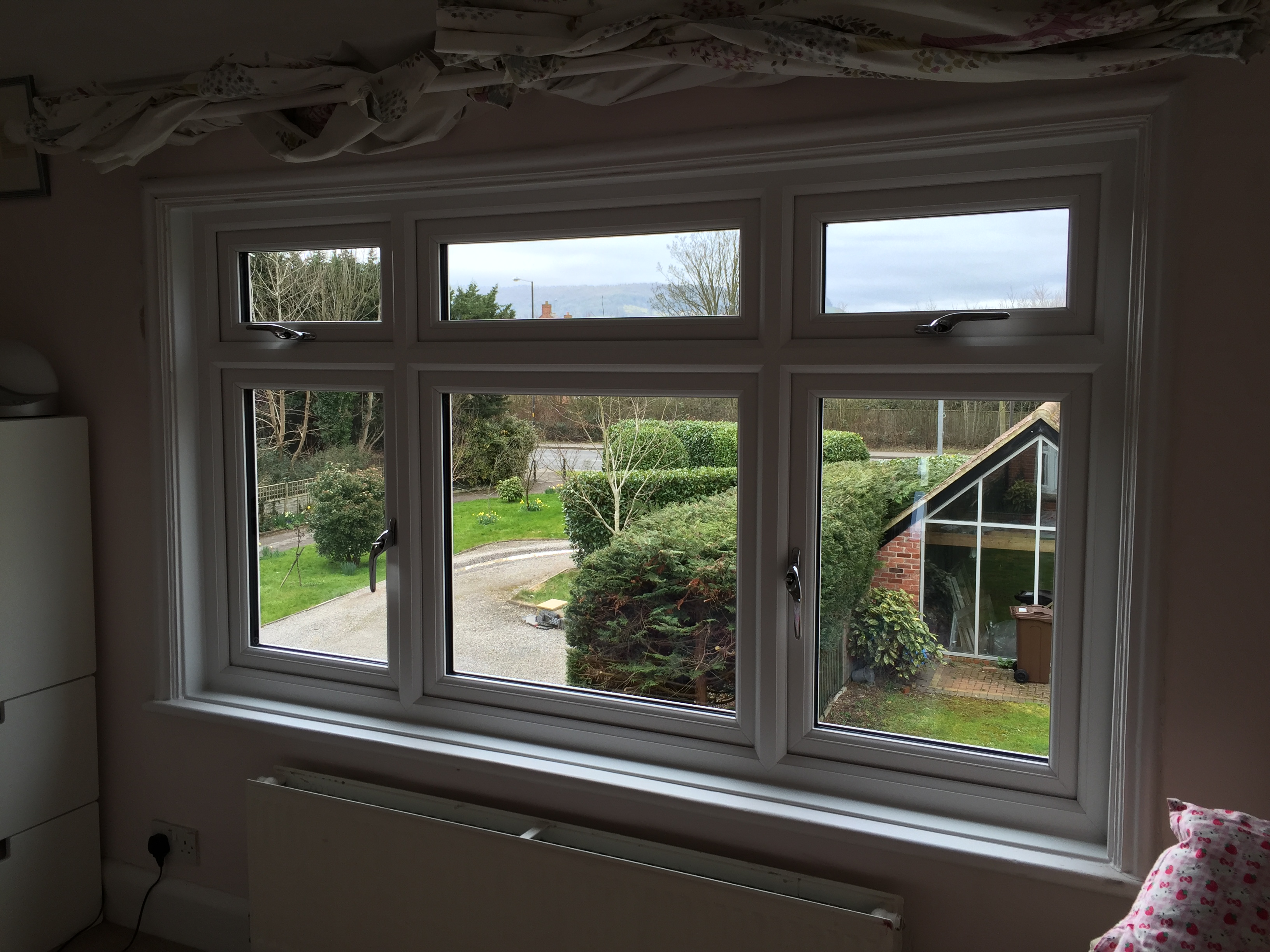 New windows, Stonehouse