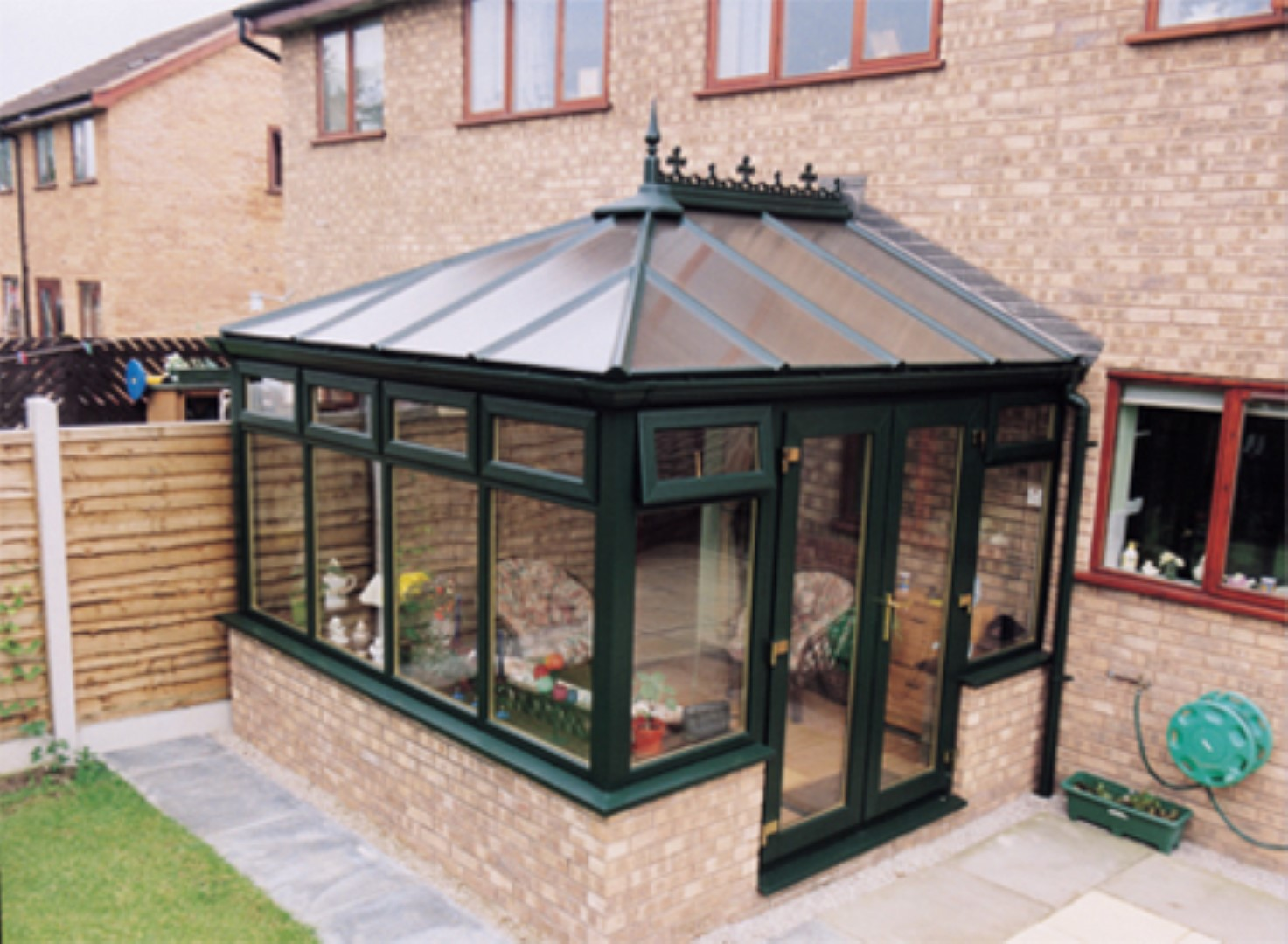 Green Edwardian with poly roof