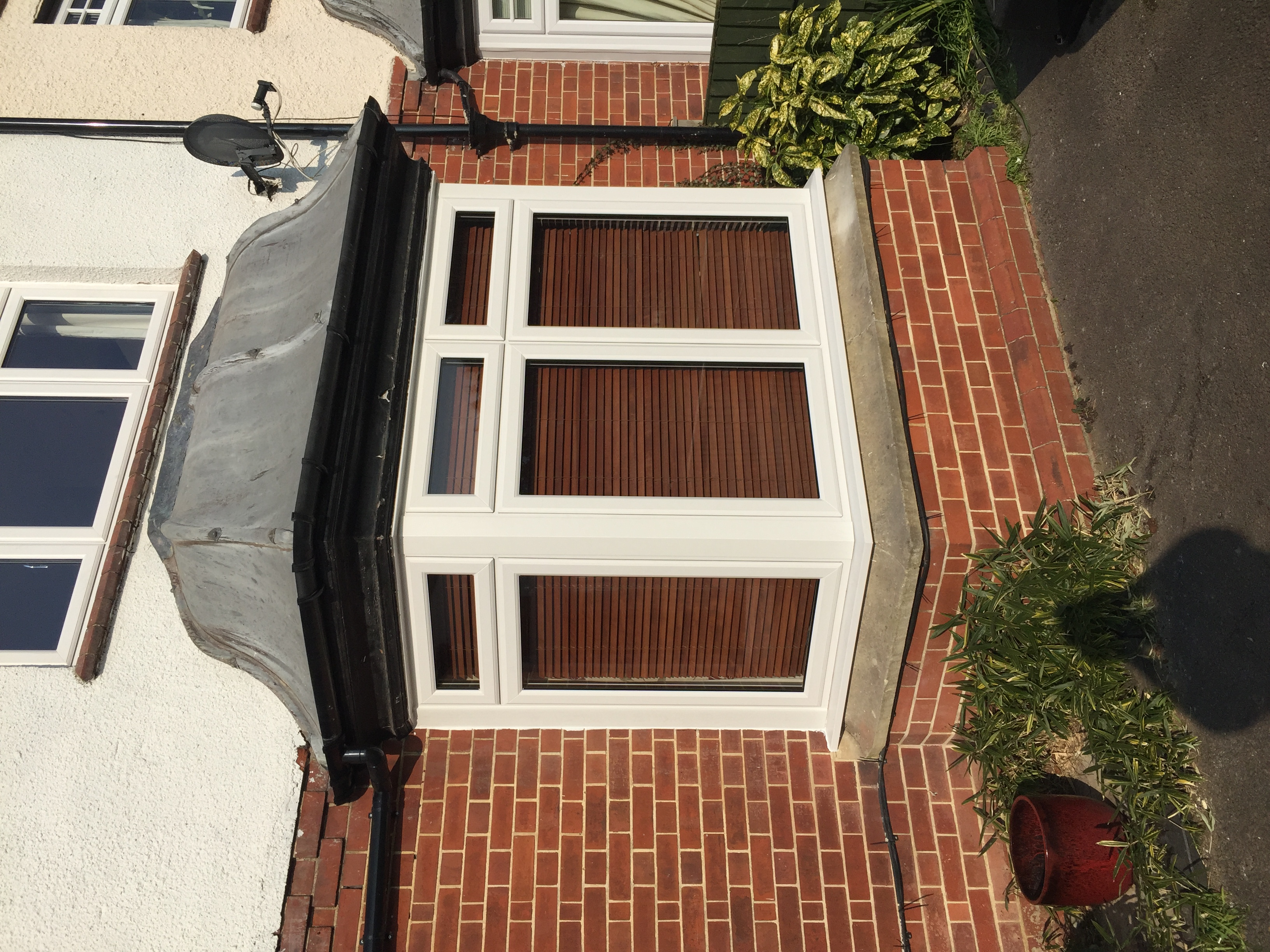 New bay window, Stonehouse