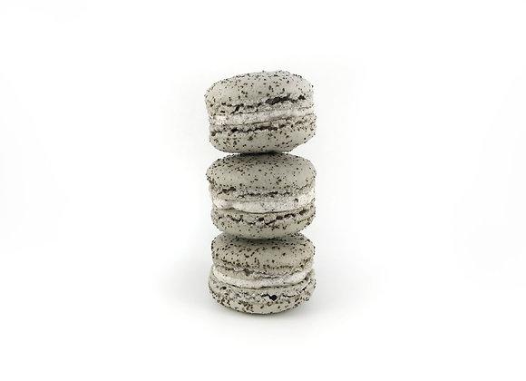Cookies n' Cream Macarons