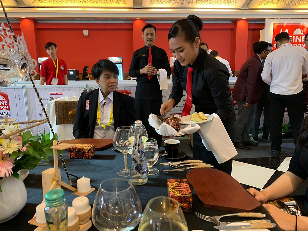 Table setting and service from STP Trisakti