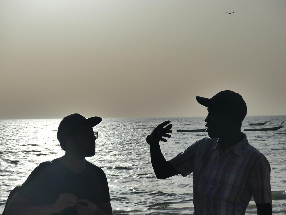 Romain et Abibou sur la plage de Nianning
