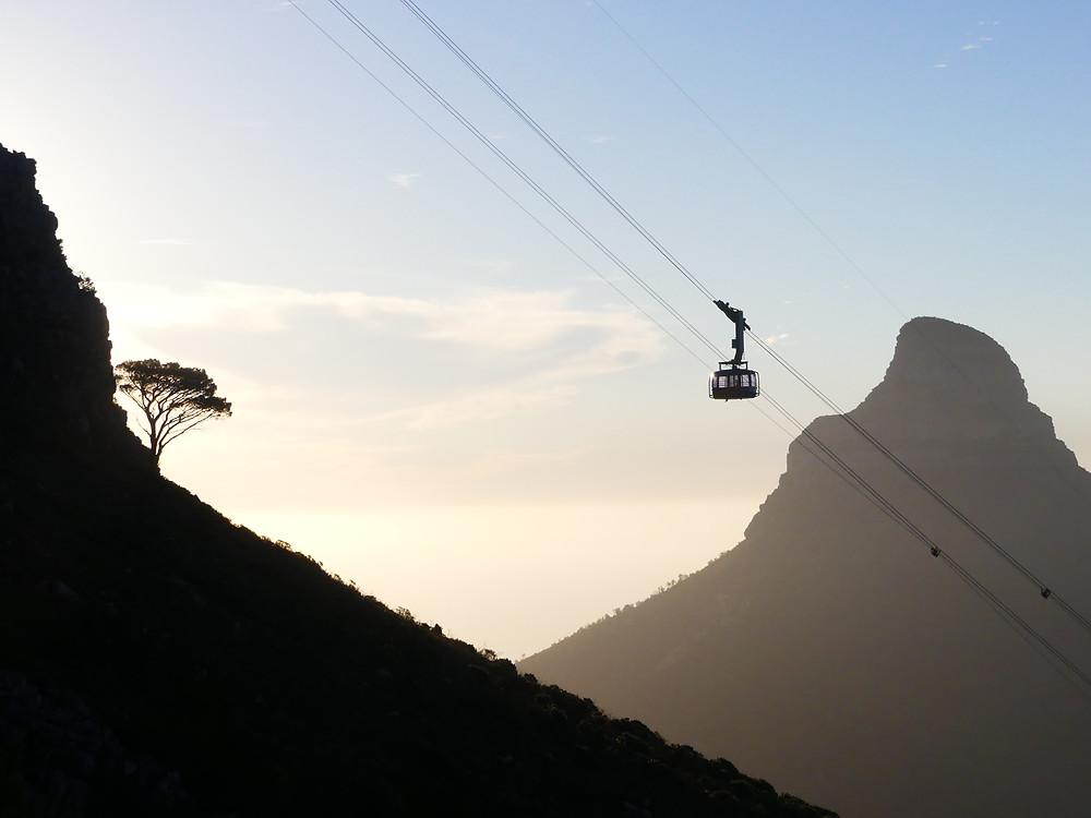 Coucher de soleil sur le parc de Table Mountain