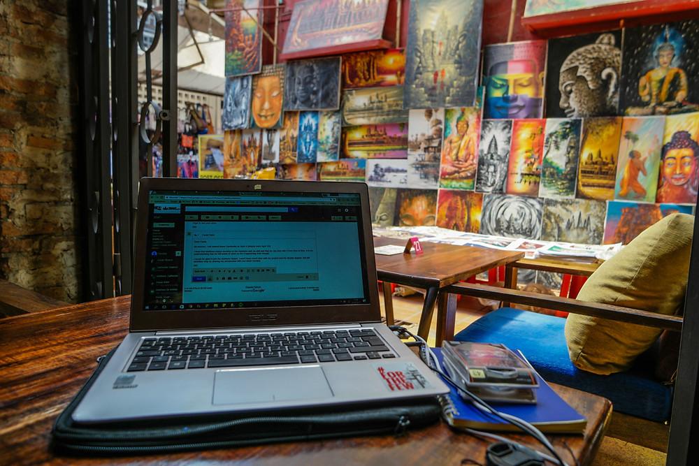 Cyber café où nous travaillons sur le projet à Siem Reap
