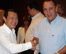 Con Mr. MIchael Tan