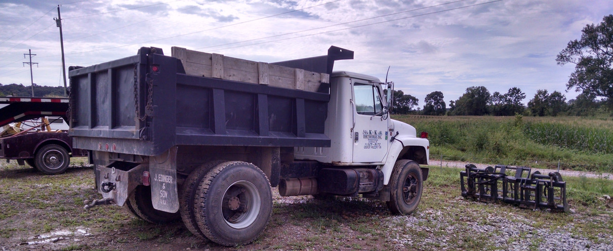 Single Axle Truck