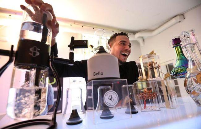 Luxury Mobile Cannabis Bar