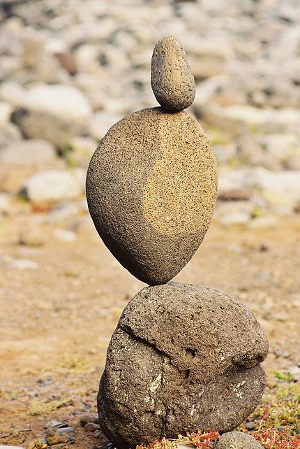 Representant zijn, de grote leerervaring voor een nieuwe balans net zoals de stenen