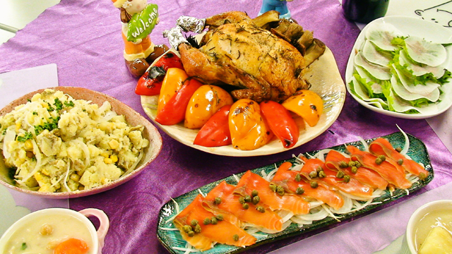秋葉原レンタルスペース.東京の提供料理写真。チキンの丸焼き