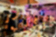 ポールダンス教室FunnyTips東京秋葉原のポールダンス教室の貸切パーティは、店舗貸切ができます