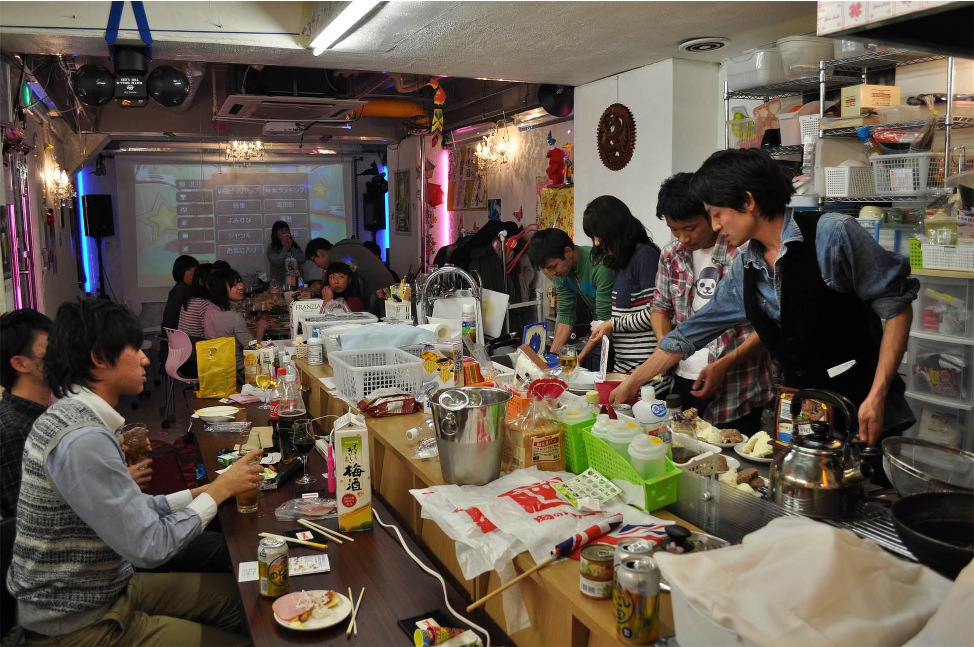 秋葉原レンタルスペース.東京での、キッチンパーティ開催時の写真