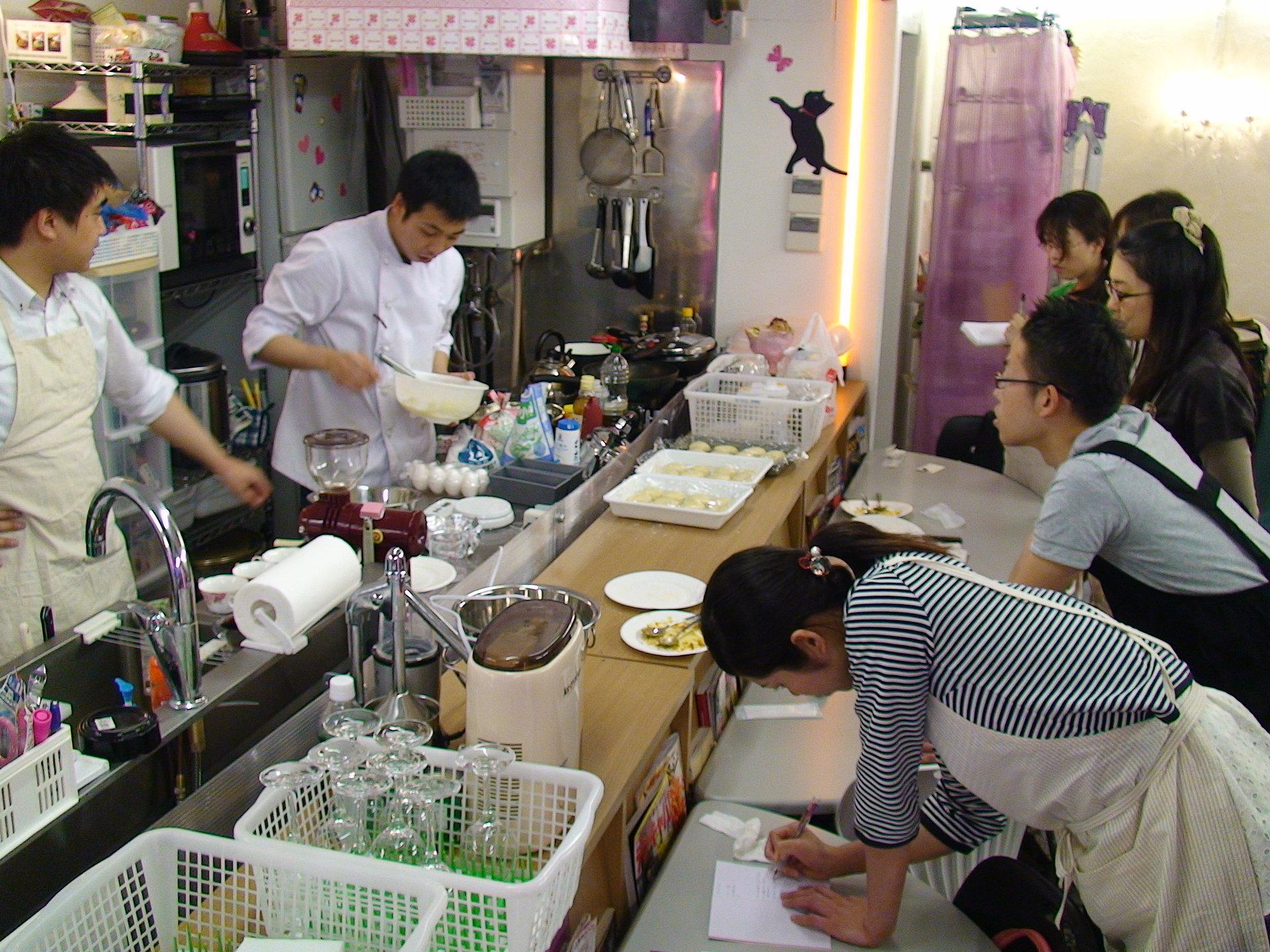 秋葉原レンタルスペース.東京での、料理教室開催時の写真
