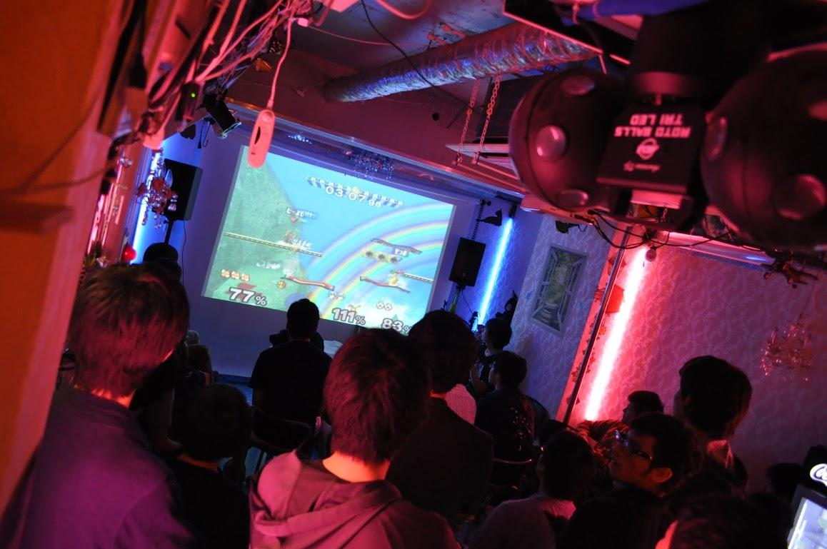 秋葉原レンタルスペース.東京での、ゲーム大会開催時の写真