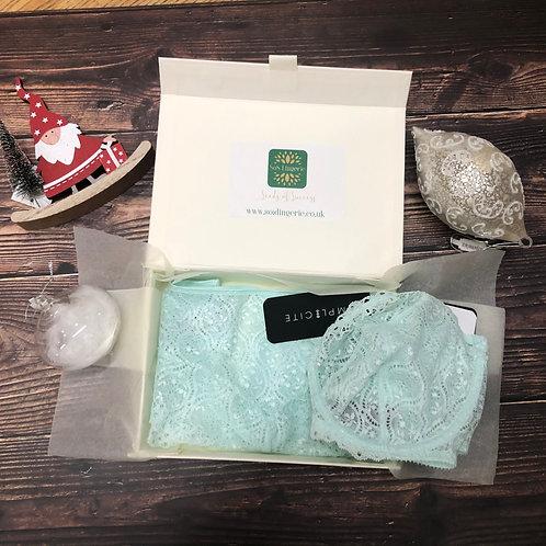 Simone Perele Lingerie Gift Set in Aqua Green
