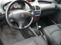 Peugeot_206_SW_interieur
