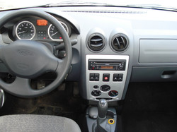 Dacia_logan_inter