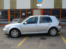VW_golf_lateral