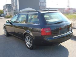 Audi_A6_break_arriere