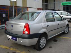 Dacia_logan_arriere