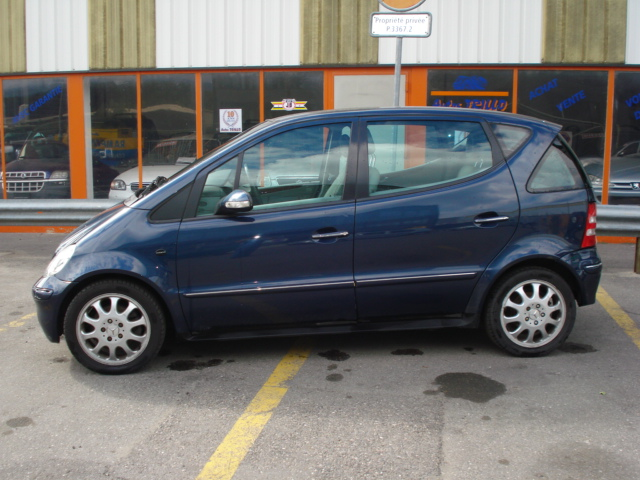 Mercedes_A190_lateral