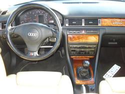 Audi_A6_break_interieur