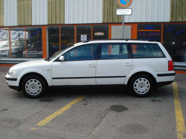 VW_passat_lateral