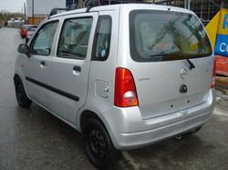 Opel_agila_arriere