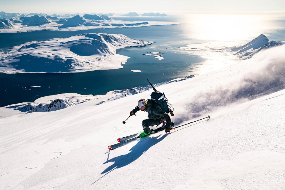 Sea&Sail_Arctic_erinHogue_-3177.jpg