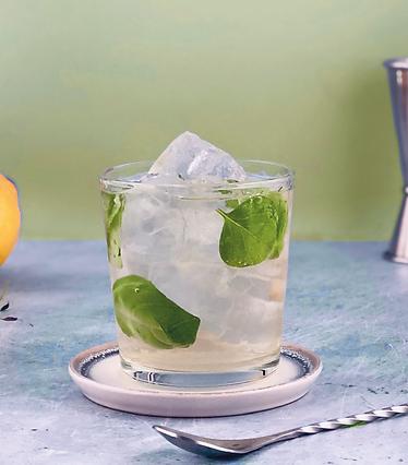 yuzu spritz non-alcoholic cocktail