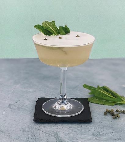 thai botanist craft cocktail