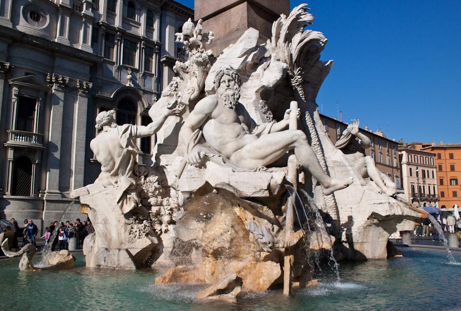 estatua da fonte dos quatros rios em roma