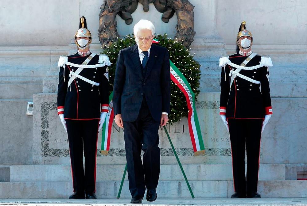 presidente italiano no dia 25 de abril