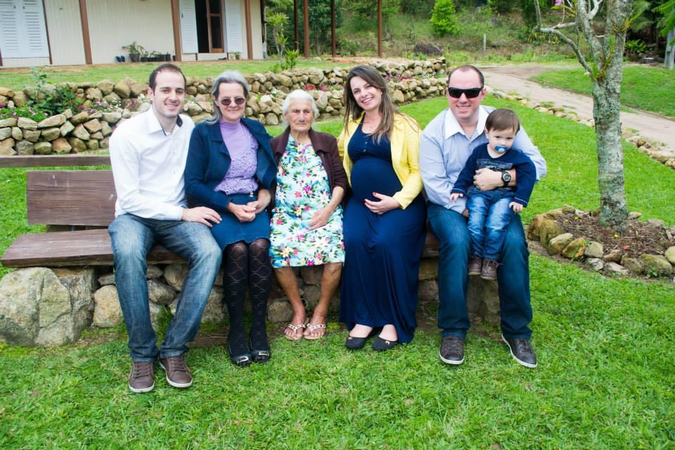 Foto antiga dos primeiros membros da família Formentin no Brasil